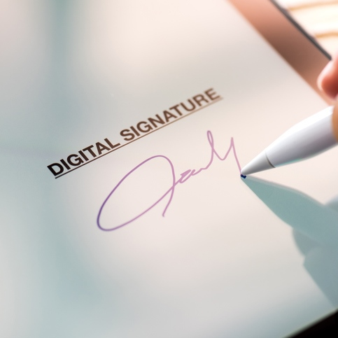 Electronic Signatures – What's the Risk? (article)