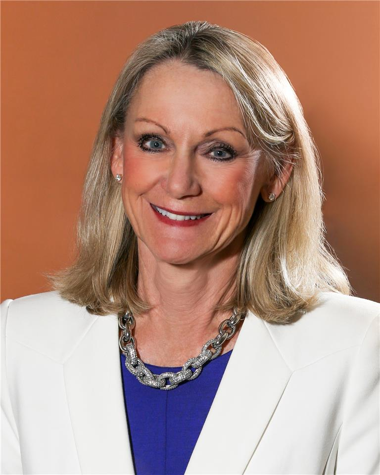 Photograph of Nancy Mellard, Executive VP and General Counsel CBIZ Inc