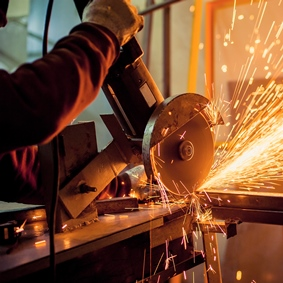 Why Manufacturers Need Errors & Omissions (E&O) Insurance
